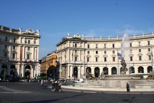 Piazza Reppublica