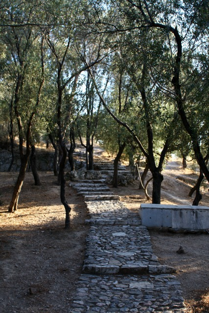 trail to Filopappou hill