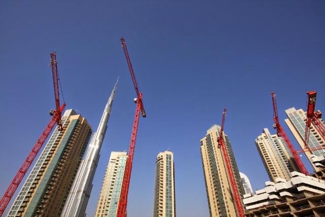 Dubai, Cranes